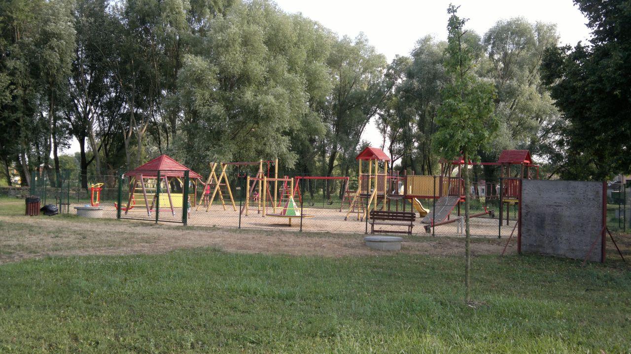Bratčice - dětská hřiště